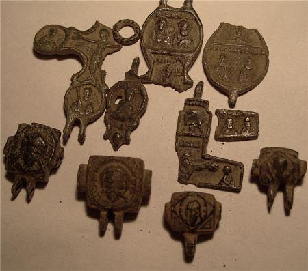 Чистка бронзовых находок