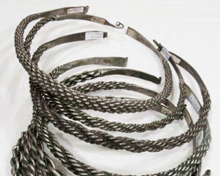 Естонський археолог знайшов срібний скарб