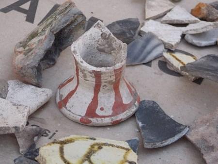 В Ровно раскопали старинную посуду XV-XVII века
