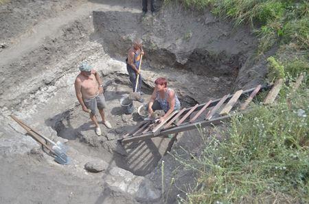 Археологи припускають, що фортеця на Кременецькій горі вже існувала у 10 столітті