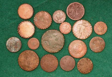 Запилы на монетах. Зачем в старину делали запилы на монетах