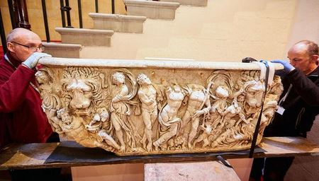 В Британии найден древнеримский саркофаг