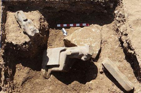 Обнаружены десятки статуй египетской богини войны с головой льва