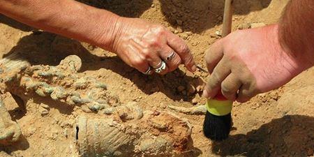 В Китае археологи нашли бронзовые изделия