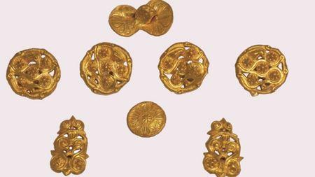 Болгарские археологи представили золотые находки 2016 года