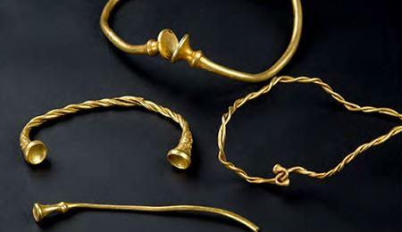 В Великобритании найдены самые древние драгоценности железного века