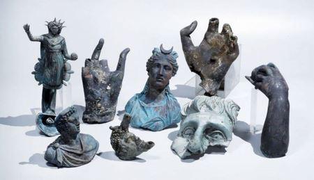 В Израиле нашли древнее судно с грузом бронзовых статуй