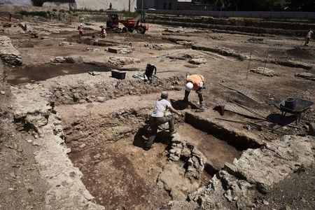 У Франції археологи знайшли давньоримське поселення і будинок вакханалій