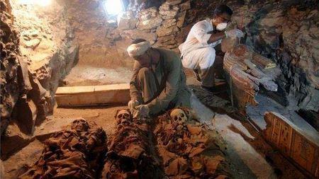 В Египте археологи обнаружили древнейшую усыпальницу