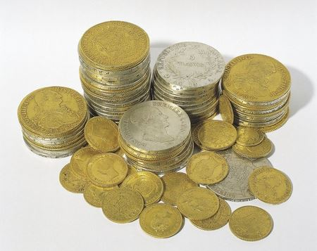 Клад из 20 кг монет: золотые и серебряные монеты «ходившие» в Каталонии в середине XIX века
