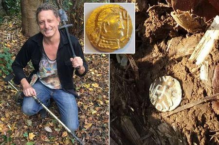 Клад монет, который был спрятан почти 1500 лет назад