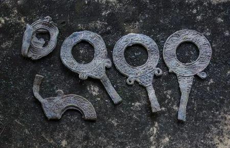 На вилле в Болгарии были найдены древние оправы для зеркал