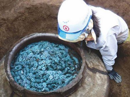 В Японии нашли крупнейший клад в истории страны