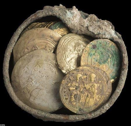 В Израиле нашли 900-летний клад времен крестоносцев
