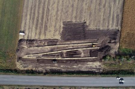 Прикраси і зброя - археологи натрапили на давні поховання