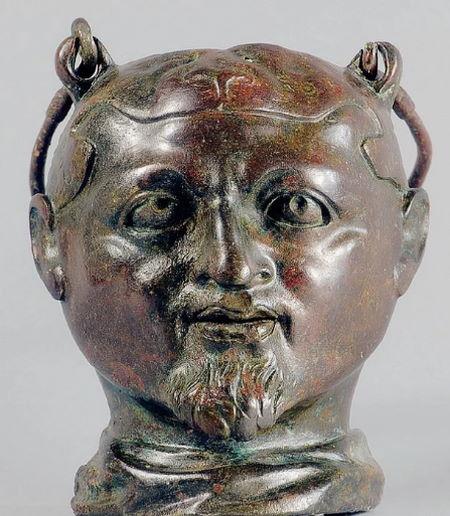 В Болгарии ученые нашли 1800-летнюю могилу спортсмена со сломанным носом