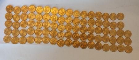 Тайник с золотом найден во время ремонта дома! Клад золотых монет был под полом старого сарая!